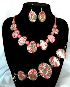 """SET  """"Pink Fantasy""""  Set """"Pink Fantasy"""" - a necklace bracelet and earrings. handmade. material thermoplastic. Necklace length 54 cm. Bracelet length 22 cm. Length of earrings with shvenzy - 5 cm."""