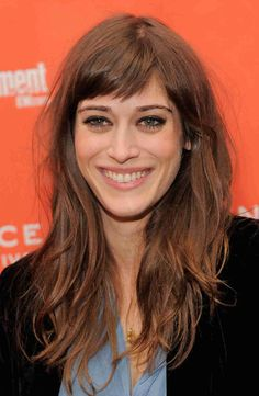 Lizzy Caplan's Crazy Transformation: See the Mean Girls Star Through the Years (PHOTOS) | Wetpaint, Inc.
