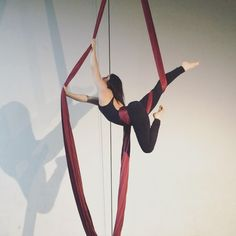 """914 Likes, 17 Comments - Alyssa Roman ☾ (@aerial.lyss) on Instagram: """" • • • #deathcabforcutie love this flow I saw @kea.cirque do, thanks for the inspo honey …"""""""