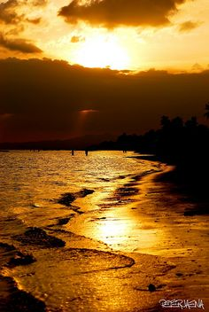 Sunset in Villa beach, Philippines