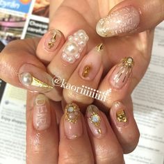 Instagram media kaoriii_art - #art #love #アート#fashion #nails #nailsalon #painting #drawing #shibuya #colorful #gelnail #artwork#nailart #japannail #ネイルアート #春ネイル #ジェルネイル #美甲 #gel #nails
