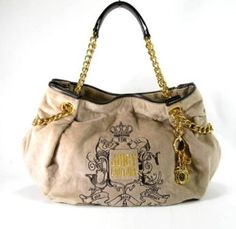 I'm really not to fond of gold, but I love this handbag