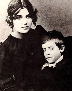 Suzanne Valadon et son fils, le futur peintre Maurice Utrillo.Suzanne Valadon and her son, future painter, Maurice Utrillo. Henri De Toulouse Lautrec, Pierre Auguste Renoir, Women In History, Art History, Famous Artists, Great Artists, Artist Art, Artist At Work, Maurice Utrillo