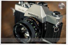 Equipos analógicos para clases prácticas de fotografía. 35mm. Lente normal 50 mm muy luminoso