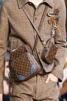 2019 New Louis Vuitton Handbags Collection for Women Fashion Bags have it Louis Vuitton Mens Bag, Louis Vuitton Handbags, Louis Vuitton Monogram, Cheap Handbags, Vuitton Bag, Tote Handbags, Tote Bags, Fashion Handbags, Fashion Bags