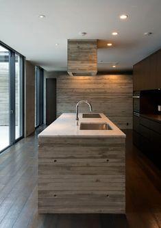 代官山の住宅 / 井上洋介建築研究所: 井上洋介建築研究所が手掛けたキッチンです。