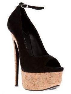giuseppe zanotti design sapato preto. - biondini.br