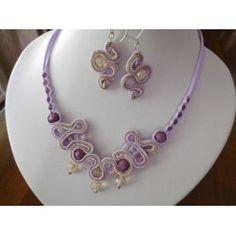 Violetti korusetti