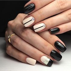 Looking for easy nail art ideas for short nails? Look no further here are are quick and easy nail art ideas for short nails. Fall Nail Art Designs, Short Nail Designs, Hair And Nails, My Nails, Gel Nagel Design, Coffin Nails Matte, Short Nails Art, Super Nails, Nagel Gel