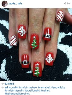 Christmas tree acrylic nails! #nailart by @adris_nails