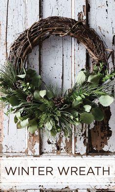 Christmas Wreath Ideas, Easy Wreath, Natural Wreath, Farmhouse Christmas, Rustic Christmas, Holiday Decorating Ideas