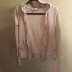 Juicy couture baby pink sweatshirt Soft baby pink velour track top Juicy Couture Sweaters