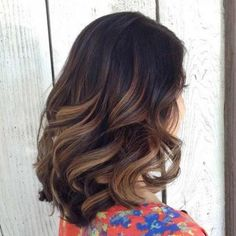 balayage ombre cheveux bruns