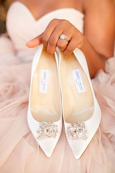 Chaussures blanches pour le mariage