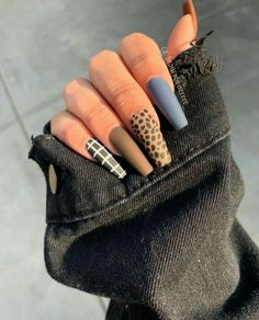 Semi-permanent varnish, false nails, patches: which manicure to choose? - My Nails Almond Acrylic Nails, Best Acrylic Nails, Aycrlic Nails, Hair And Nails, Coffin Nails, Cheetah Nails, Fire Nails, Luxury Nails, Nail Art