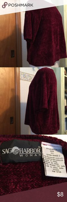 """Maroon Short Sleeve Sweater Crew neck gently used soft maroon short sleeve sweater. 75% Rayon and 25% acrylic. 22"""" long. Says dry clean only. I washed cold and line dried. It washed fine. Extra Grande 2. Sag Harbor Sweaters Crew & Scoop Necks"""