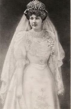 Ena, Queen Victoria Eugenie of Spain on Pinterest  Queen victoria ...