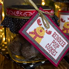 Reindeer Poop Cookies - Includes cookie recipe, free printable gift tags and a fun idea for a homemade gift in a jar. #christmas #giftables #cookieexchange #madewithlove