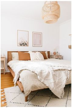 Add a lived-in boho vibe to your bedroom decor with soft linen bedding. Various colors and sizes available. Bedroom styling by This Wild Heart ( photography by Janet Kwan ( # Home Decor accessories Boho Bedroom Decor With Linen Bedding Boho Bedroom Decor, Boho Room, Home Bedroom, Boho Decor, Bedroom Romantic, 1920s Bedroom, Linen Bedroom, Master Bedroom, Decor Room