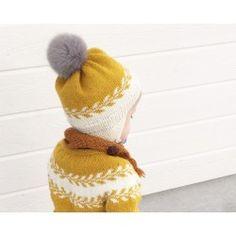 Winter buds hat by Marianne J. Bjerkman