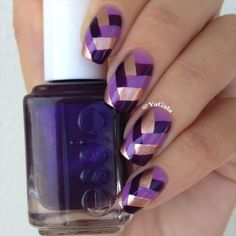 Yagala's made a quick tutorial of a classic braided or fishtail nail design that looks easier to do #fav