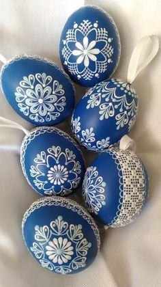45 Next-Level Easter Eggs Decoration Ideas and Projects - Hercottage Egg Crafts, Easter Crafts, Tarjetas Diy, Easter Egg Designs, Easter Ideas, Ukrainian Easter Eggs, About Easter, Diy Ostern, Egg Art