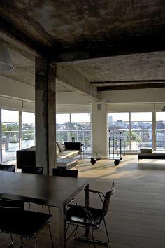 Horizontal House (Apartment) by William Tozer Associates