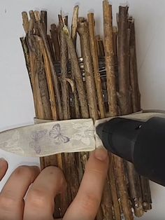 Very nice tea-light holder made of branches (DIY Wooden Tea Light Holder) Wooden Tea Light Holder, Wooden Diy, Branches, Tea Lights, Tutorials, Jar, Nice, Food, Tea Light Candles
