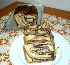 Cozonac cu ciocolata, marmorat   Rețete - Laura Laurențiu Pancakes, Advertising, Breakfast, Morning Coffee, Pancake, Crepes