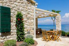 Hotel Lemongarden, Brač: silent flow - LIFESTYLEHOTELS Croatian Islands, Finnish Sauna, Chromotherapy, Paradise Garden, Old Stone, Qigong, Yin Yoga, Pebble Beach, Yoga Retreat