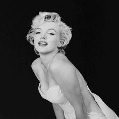 "marilyn-monroe-collection: "" Marilyn Monroe photographer by Milton H. Greene, 1954. """