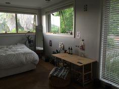 "aevvus: ""Feelin my room atm "" Dream Rooms, Dream Bedroom, Room Ideas Bedroom, Bedroom Decor, White Room Decor, Minimalist Room, Pretty Room, Cozy Room, Aesthetic Bedroom"