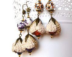 dainty earrings, cream flower earrings, beige floral earrings, neutral earrings, crochet earrings, mori girl earrings, crochet jewelry