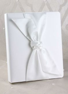 Water Lily White Ivy Lane Design Wedding Accessories Memory Book