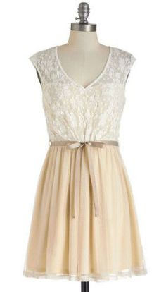 White Haute Cocoa Dress | Mod Retro Vintage Dresses