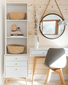 Neutral relaxing office space - Before After photos. White and wooden scandi home office inspiration Home Office Decor, Interior, Bedroom Refresh, Home Decor, Bedroom Decor, Relaxing Office, Bedroom Desk, Home Decor Tips, Cool Office Space