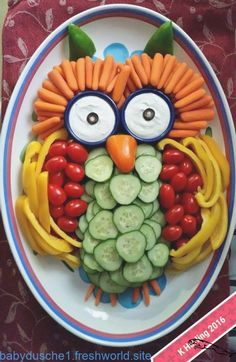 Best Indoor Garden Ideas for 2020 - Modern Veggie Owl, Veggie Tray, Party Snacks, Appetizers For Party, Owl Snacks, Owl Treats, Cute Food, Yummy Food, Thanksgiving Snacks