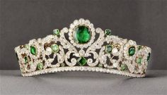Marie Thérèse's Emerald and Diamond Tiara by Bapst 1820. Louvre, Paris. Photo Tiaras and Trianon