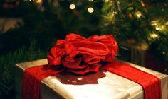 Der Countdown bis Weihnachten tickt unerbittlich und die Frage stellt sich wieder einmal: was soll ich nur schenken? Zumindest für fotografiebegeisterte Freunde und Verwandte hätten wir da ein paar Tipps - einzigartige Geschenke aus echter Handarbeit.