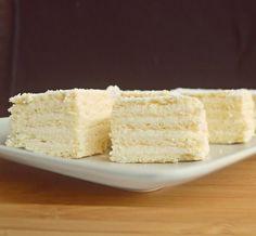 Pavlova, Vanilla Cake, Caramel, Cooking Recipes, Sweets, Desserts, Food, Christmas Cakes, Felicia