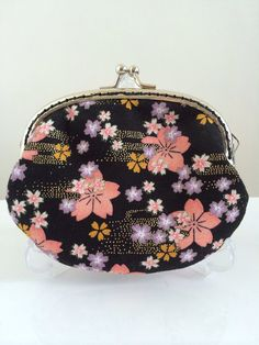 Medium Handmade Coin Purse  Floral Japan Sakura by Apursemarket