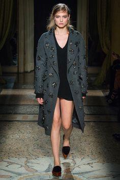 Aquilano.Rimondi Fall 2014 Ready-to-Wear Fashion Show - Svetlana Zakharova