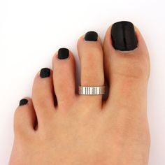 toe ring sterling silver toe ring Simple line striped design adjustable toe ring (T-70) Also knuckle ring