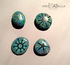 painted stone by Unicatella, kamienna mandala, kamień ręcznie malowany  jedyny, niepowtarzalny, w jedynym egzemplarzu :)