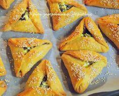 Χορτοκαλίτσουνα στο φούρνο - cretangastronomy.gr Greek Recipes, New Recipes, Cooking Recipes, Cypriot Food, How To Cook Ham, Puff Pastry Recipes, Most Delicious Recipe, Spinach And Feta, Sweet And Salty