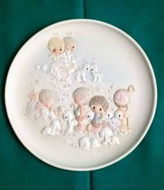 """Precious Moments """"Unto Us A Child Is Born"""" Collectors Plate/Precious Moments Christmas Collection/Vintage Precious Moments Plate/Christmas by NatomisTreasures on Etsy"""