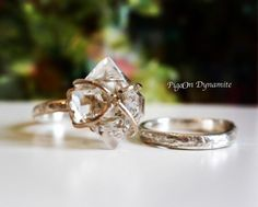 Happy Valentine's Day❤️last day of 10%off #sale using the code from #blogspot check out #Facebook ハッピー#バレンタイン #happyvalentinesday #jewelry #jewelrygram #herkimerdiamond #ring #handmadering #madeinnyc #oneofakindring #valentinesdayjewelry #etsyshop #etsy #クリーマ#ジュエリー#ホワイトデー#ご褒美ジュエリー #アクセサリー#ニューヨーク#指輪#リング#ハーキマーダイヤモンド #ハーキマーダイアモンド#一点もの