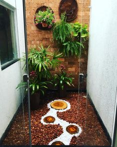 ideias jardim inverno 13 Small Indoor Gardening An example of small-scale … Courtyard Design, Garden Design, What Is Landscape, House Plants Decor, Interior Garden, Bathroom Interior, Kitchen Interior, Modern Interior, Kitchen Design