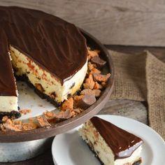 Butterfinger Cheesecake - lemon-sugar.com-3