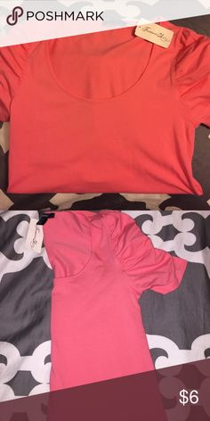 Coral Forever 21 top Brand new forever 21 top with tags still attached, never worn. Great to pair with jean shorts and sandals, very soft. Make me an offer. Forever 21 Tops Tees - Short Sleeve